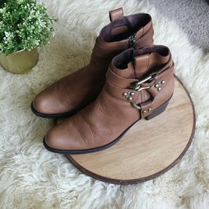 Gseries Cole Haan brown boots.
